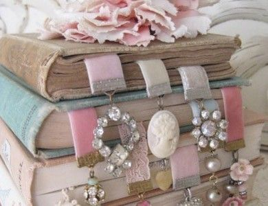 DIY Vintage style/shabby chic Bookmarks :)
