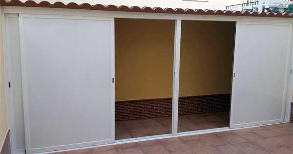 Trastero con cierre de aluminio de Aluminios Lito | Casas | Trastero ...