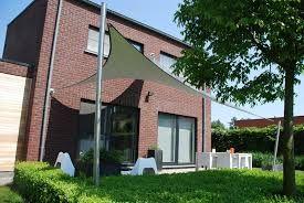 25 beste idee n over zonnezeil op pinterest zonnezeilen - Blind patio goedkope ...
