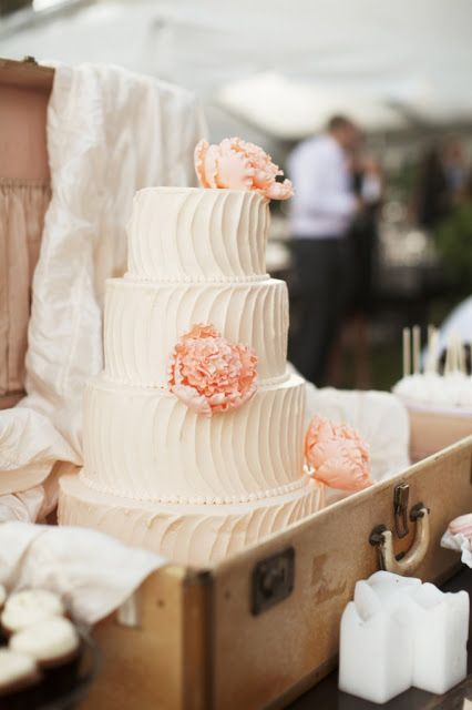 Vintage Wedding Cake with Peachy Pink Flowers