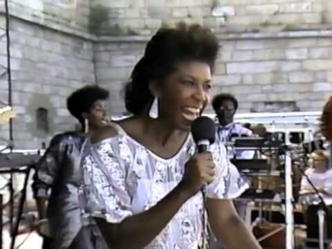 Natalie Cole - This Will Be (An Everlasting Love) - 8/24/1986 - Newport ...