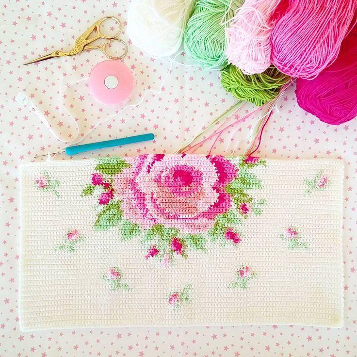 Beautiful crochet rose in progress by Emel @ x_renk