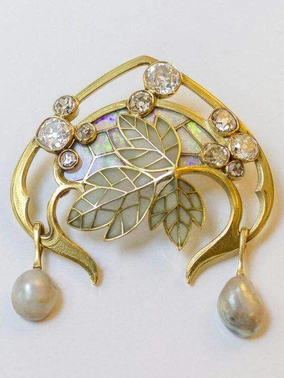 Art Nouveau gold,diamond,opal, pearl,enamel brooch by Georges Fouquet c.a. 1900.