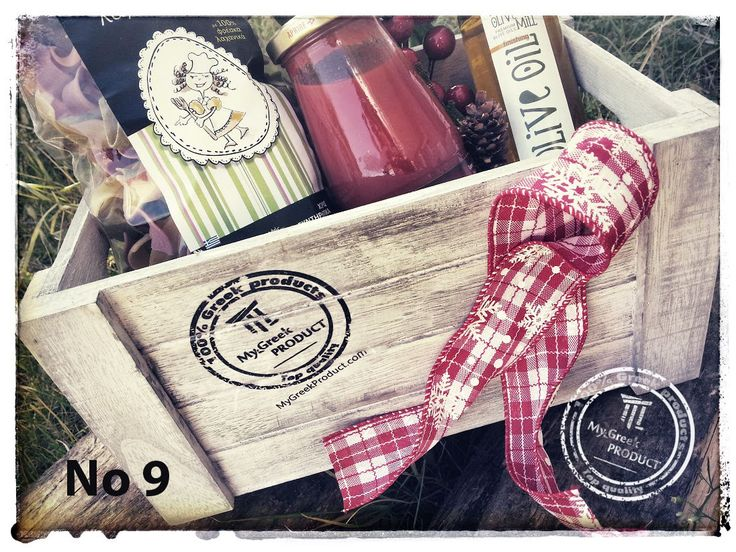 Create Christmas Gifts !!!  Gift Basket No 9 Contains: Greek Traditional Pasta, Finishing Olive oil Orange, Tomato sauces http://mygreekproduct.com/en/north-greece/269-gift-basket-no-9.html