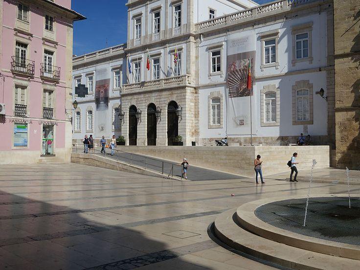 Praça 8 de Maio, remodelation by Fernando Távora