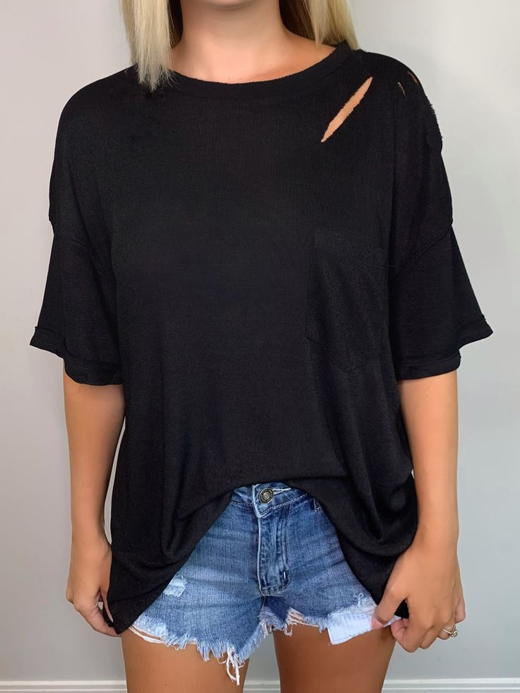 Distressed Pocket Tee in Black – Bmaes Boutique
