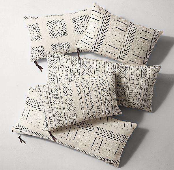 Handwoven African Mud Cloth Pillow Cover - Lumbar - Natural/Black