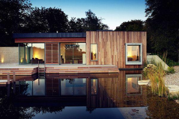 Luxury Exterior from Best Retreat House Design by New Forest House in UK 600x401 Best Retreat House Design by New Forest House, in UK