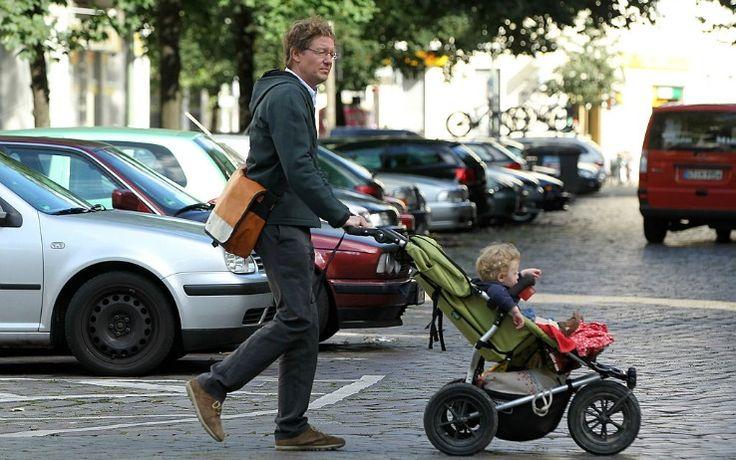I ricercatori dell'Università del Surrey suggeriscono di utilizzare passeggini coperti per proteggere i bambini dall'inquinamento atmosferico. Ecco i dati della loro ricerca