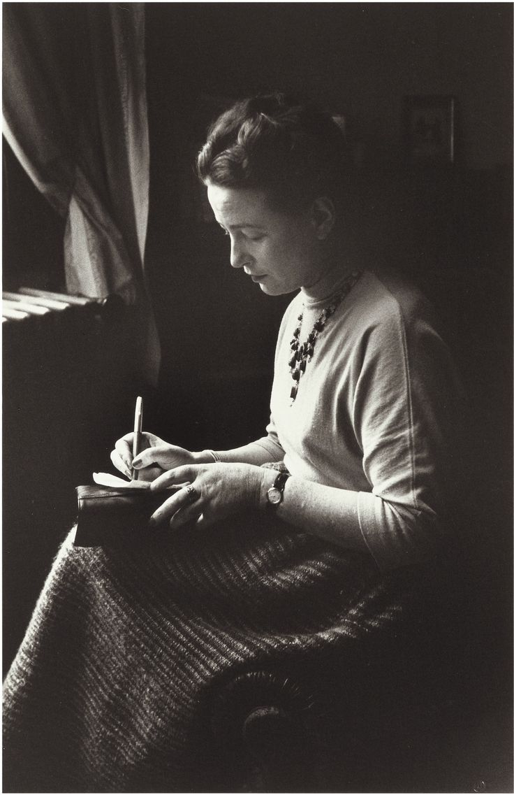 Gisèle Freund |Simone de Beauvoir, Paris, 1952