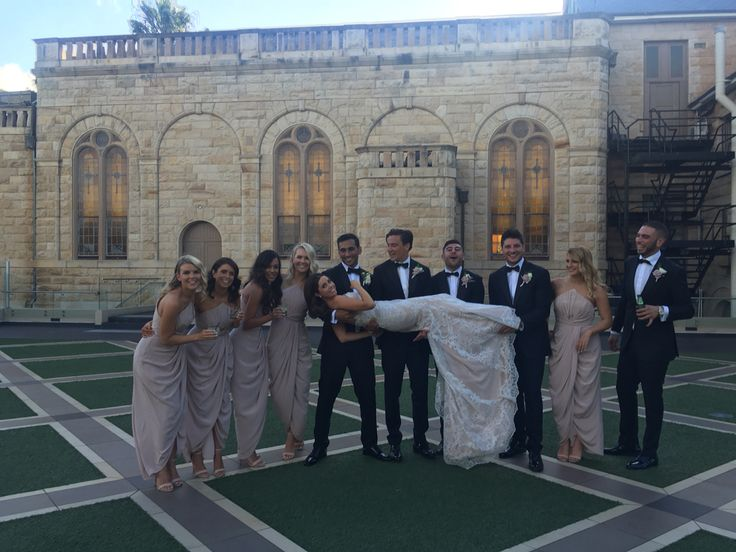 Curzon hall, bridal party, garden wedding
