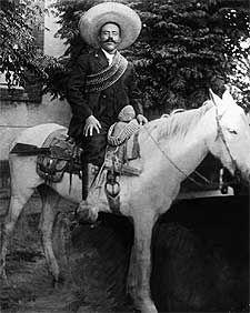 Pancho Villa, el legendario revolucionario mexicano.