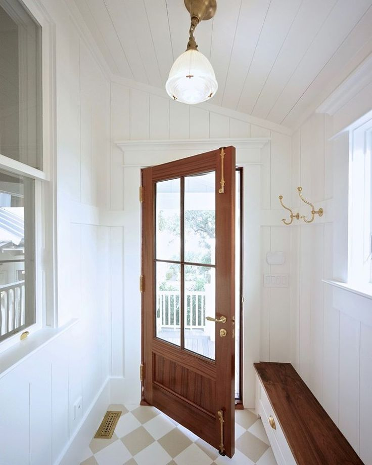 Mudroom Robyn Hogan Home Design Shiplap Ceiling And
