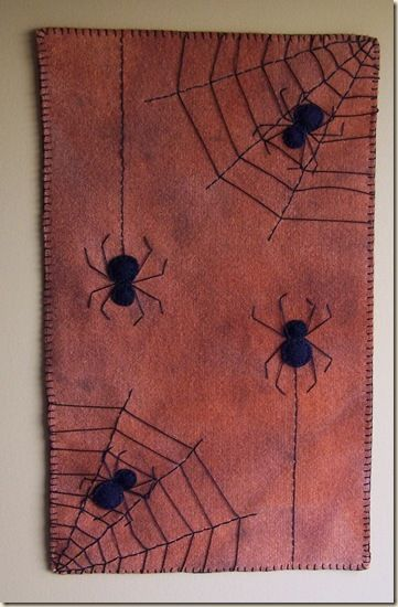 """Cath's Pennies Designs: Free Penny Rug Candle Mat Pattern! """"Fall Freebie"""""""