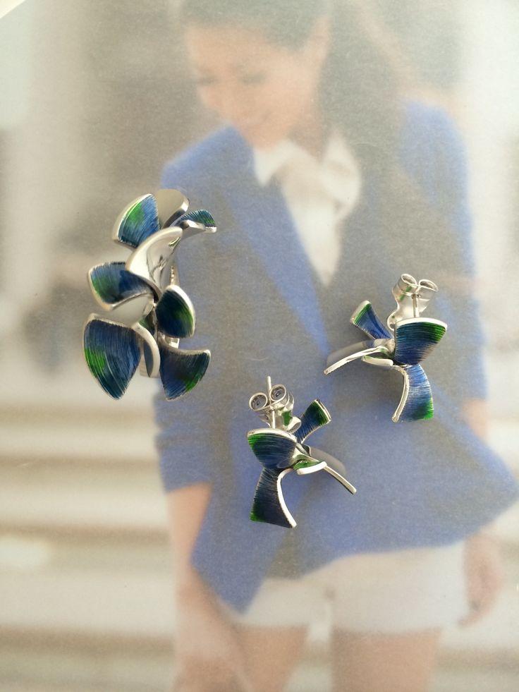 Cobalt city and royal blue blazer #alga #danielvior #silver #enamel #ring #earrings #zilver #emaille  #oorknoppen #wendyslookbook
