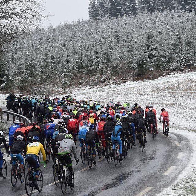 VIDEO: Menos de una semana para la París - Niza y las Redes Sociales de la prueba compartieron este video, destacando que falta menos de una semana.  https://twitter.com/ParisNice/status/967719411196026881   #ciclismo #Cycling #ParísNiza