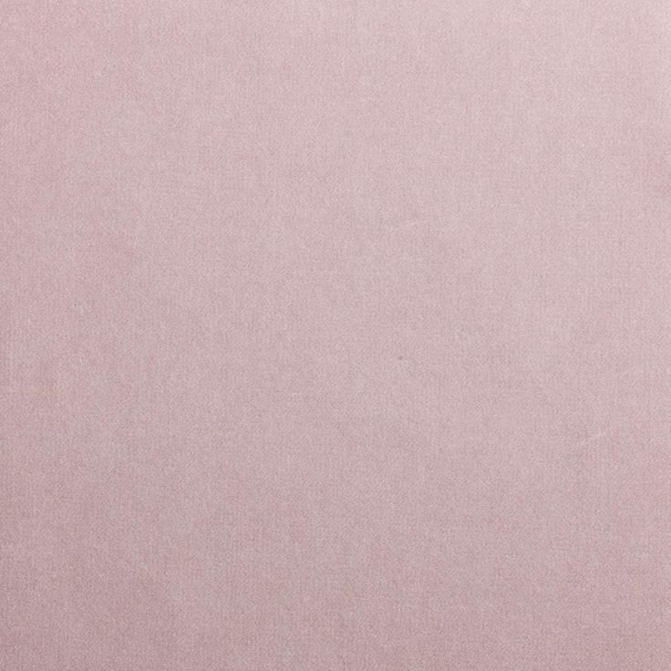 Velluto di cotone di alta qualità italiana, morbido, versatile, resistente. Una gamma di 69 colori neutri, classici, eclatanti.