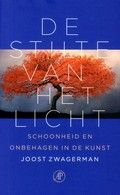 De stilte van het licht - Joost Zwagerman  Reserveer: http://www.bibliotheekhelmondpeel.nl/catalogus.catalogus.html?q=stilte+licht+zwagerman