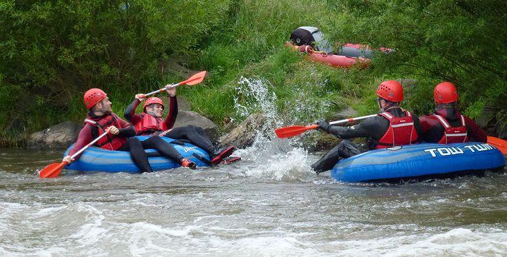 Twin Tubing auf der Ruhme in Katlenburg #Abenteuer #Boote #Bootsfahrt