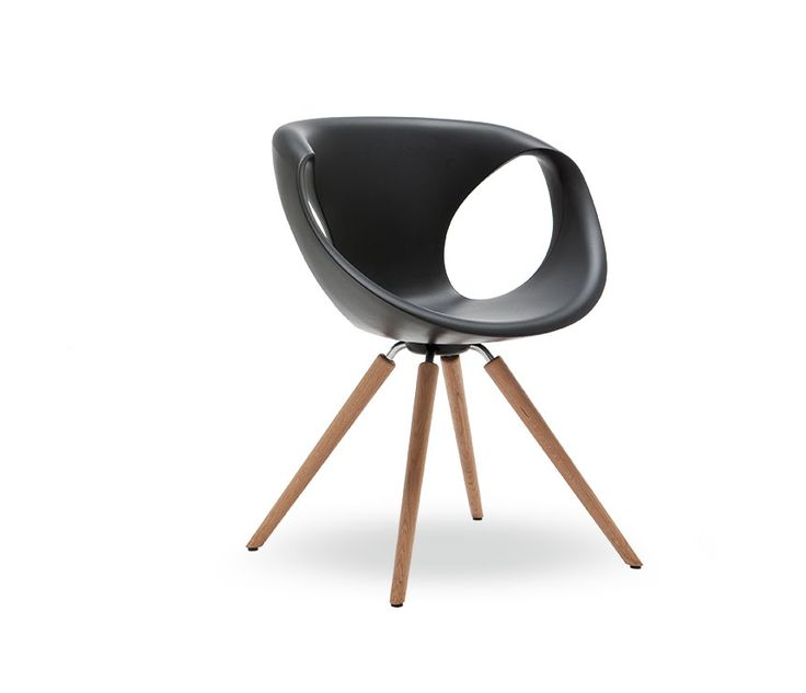 Black version of The 907 dining chair