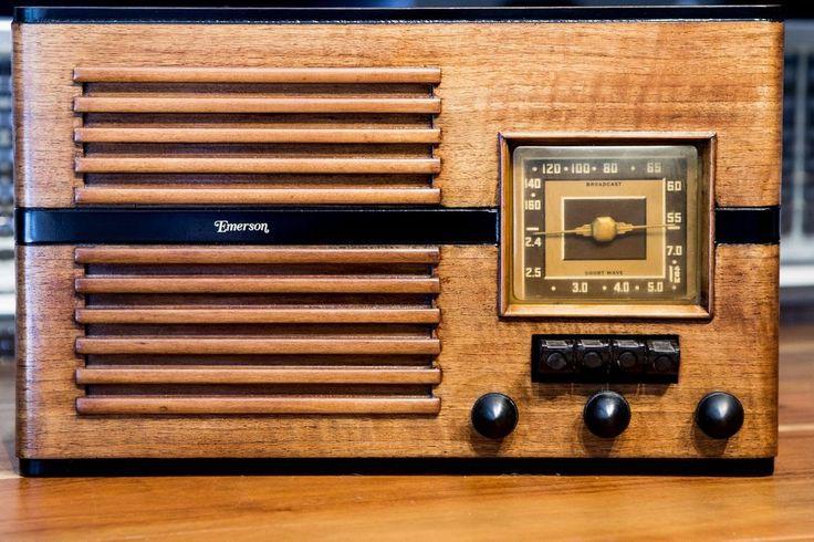 Gorgeous 1939 40 Emerson Radio Model Cy 286 Restored