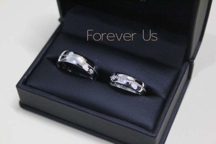 Diamantes para ella! Hermoso par de argollas, clásicas y elegantes. Citas (81) 8340.4893 WhatsApp 8118641095