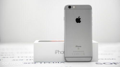 Apple планирует выпустить 5-дюймовый iPhone    Apple готовится в 2017 году отметить 10-летие iPhone. Компания может кардинальным образом поменять линейку аппаратов, во всяком случае так нас заставляют думать слухи, также создатели бессчетных спекуляций и просто откровенных выдумок.    #wht_by #новости #Apple #iPhone #смартфоны    Читать на сайте https://www.wht.by/news/mobile/61692/