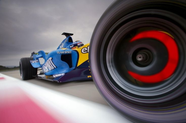 They stop as well as they go. Team Spirit Renault.