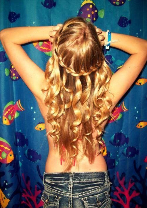 shiny blondy curls: Hairstyles, Mermaid Hair, Waterfal Braids, Long Hair, Beautiful, Curls, Hair Style, Waterfall Braids, Curly Hair