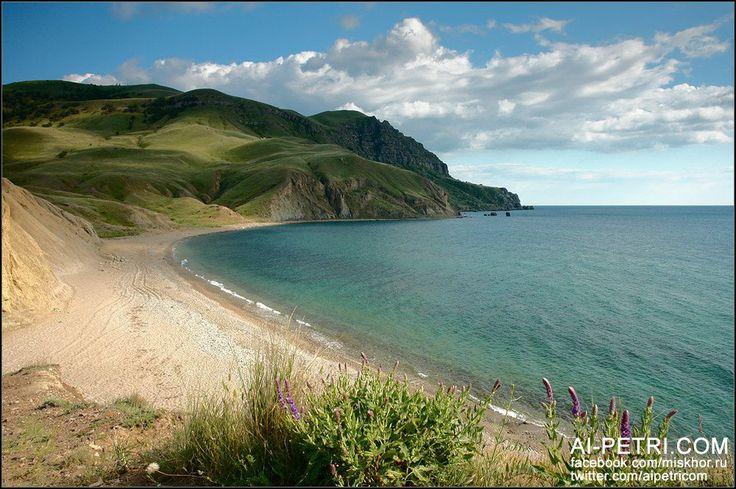 Загадочный мыс Меганом - http://ai-petri.com/crimea-mountains/148-zagadochnyy-mys-meganom.html