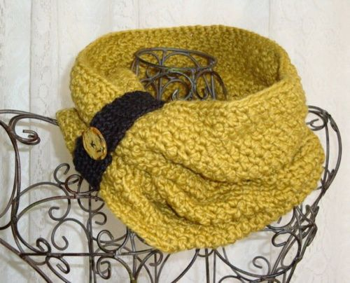 Crochet Neck Warmer... if I ever get the time :)