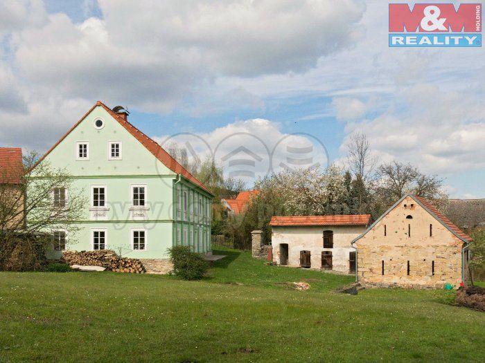 Prodej chalupy, 300m², Staňkovice