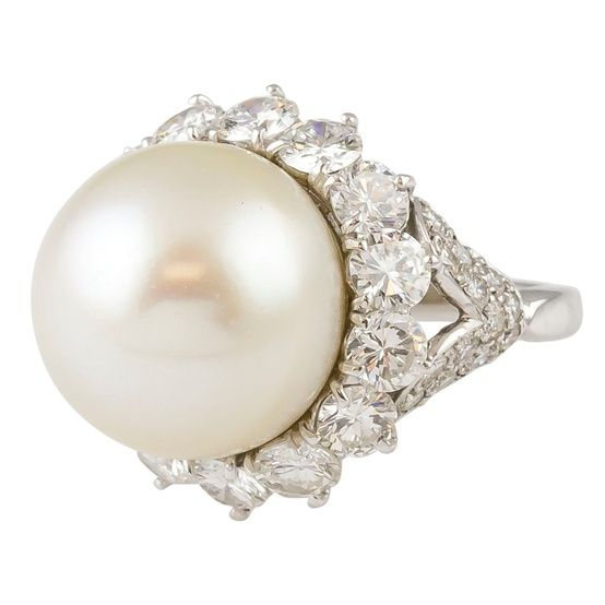 Vintage Harry Winston Pearl Diamond And Platinum Ring - Click for More...