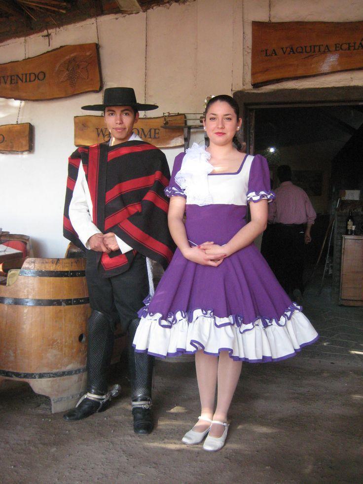 Noticias del Sapo Andrés: Trajes tipicos de Chile