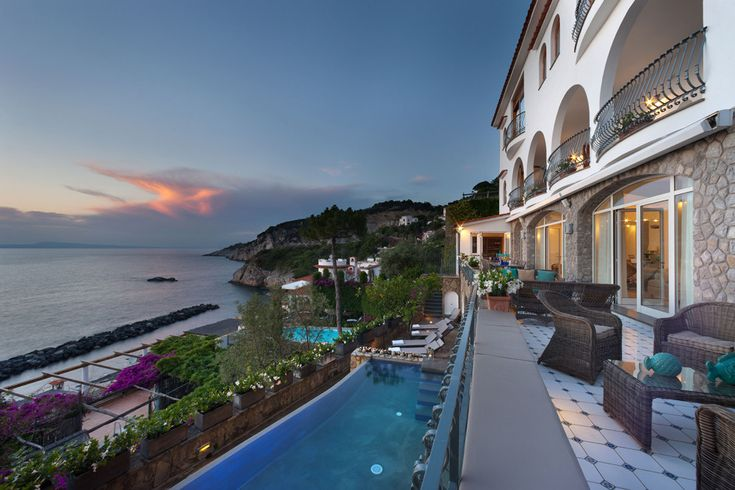 Le Balconie Campania & the Amalfi Coast Sleeps up to 8. With sumptuous sea and sunset views from the exceptional swimming pool, this is a chic and well equipped luxury villa, perfectly placed on the Bay of Naples, and just 100m from the water's edge.