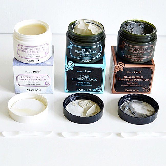 So thrilled to share the new #PerfectPores Kit review on my blog today. The 4-step Pores Treatment is the latest curations of @peachandlily The products that are included in the Perfect Pores Kit are from @caolionusa Korean brand famous for Where-Is-Pore series of wash-masks. You probably know that Korean beauty brands are leaders for natural skincare products in Asia and all around the all. And Im all hearts and hands for Korean products. That explains why Im broke after every flight or…