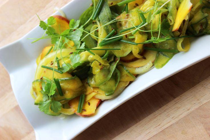 Betteraves jaunes et concombres au vinaigre