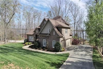 Waterfront home for sale in Lake Wylie SC in Catawba Crest. Call Scottie Ann McClure