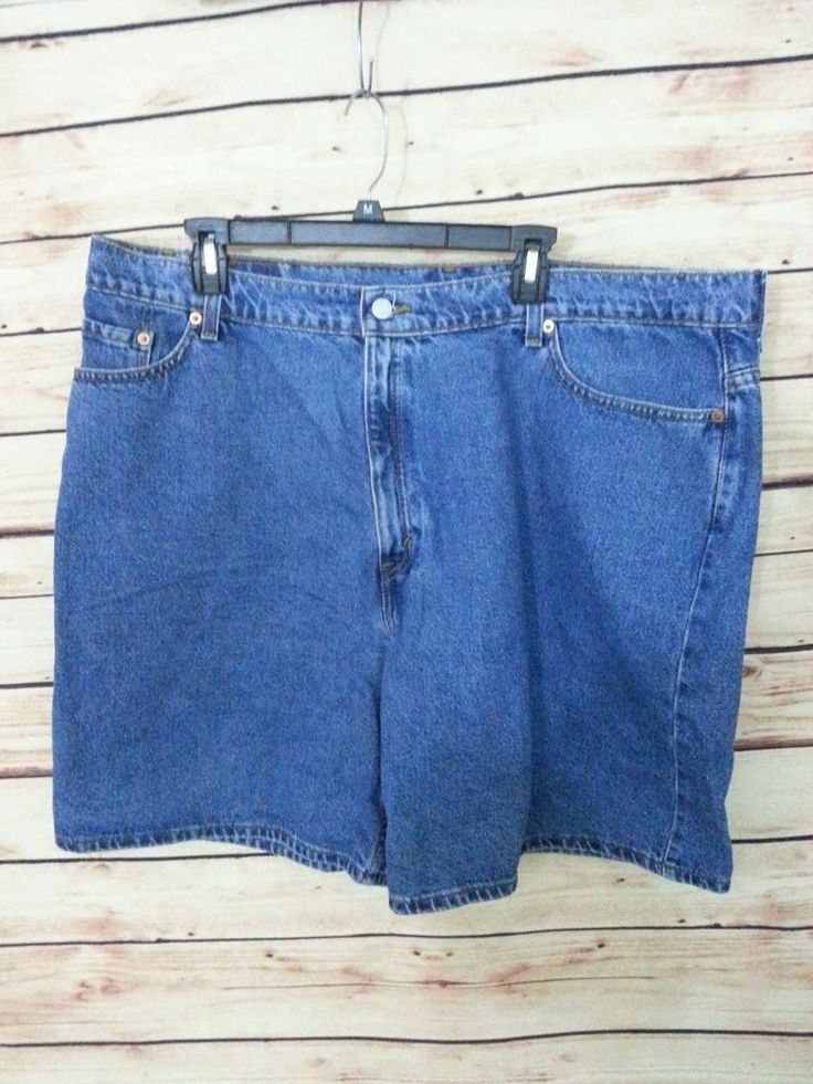 Levi's jeans shorts relaxed fit womens size 24W medium wash 100% cotton #Levis #DungareeShorts