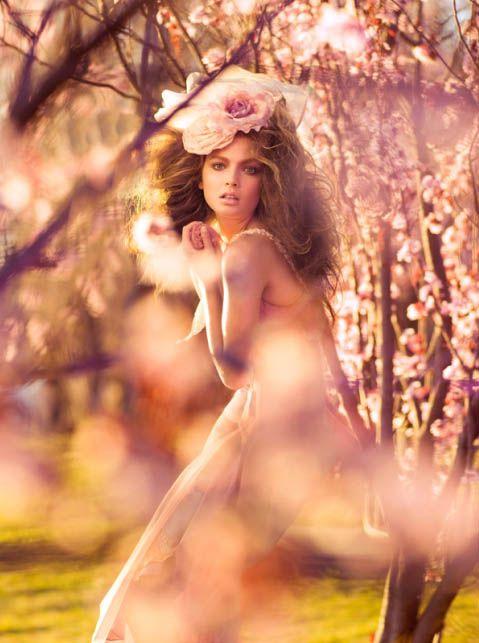 Femme rose