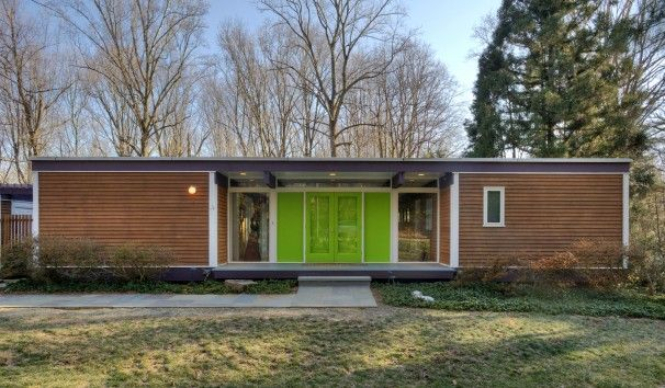 modern french doorsMid Century Modern, Bare Wood, Green Doors, Colors Pop, Washington Post, Front Doors Colors, Modern Doors, Mcm Style, Modern Homes
