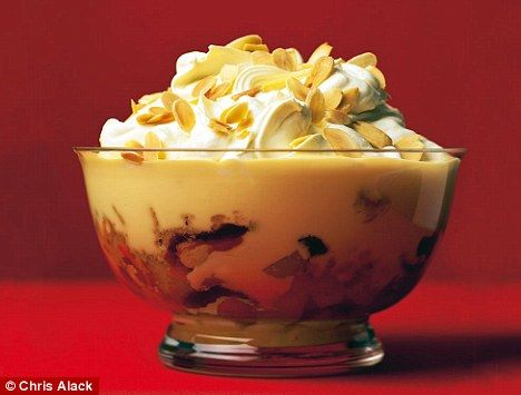 Mary Berry's Old-fashioned trifle