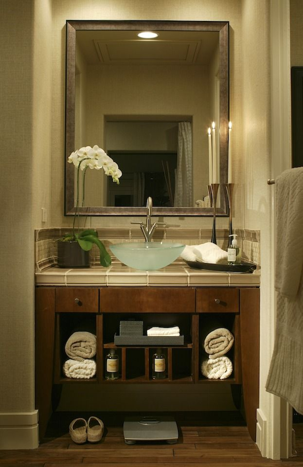 1000 ideas about small bathroom vanities on 20445