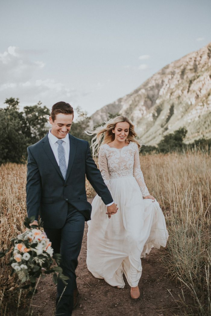 Carefree first look session in the mountains | Image by Autumn Nicole Photography