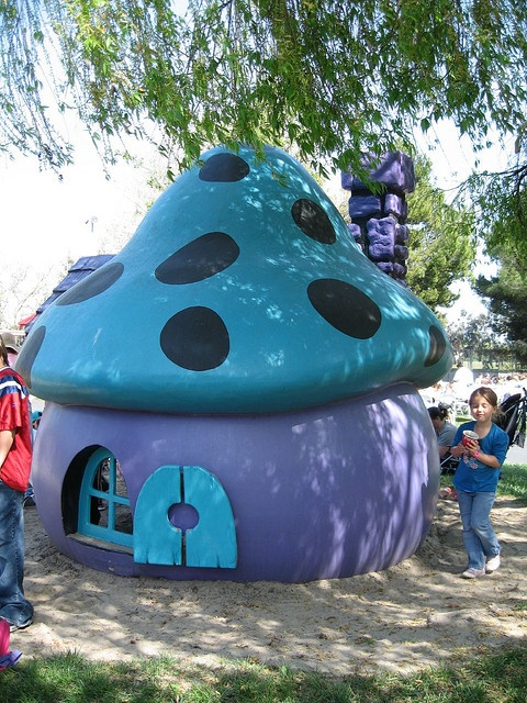Smurf Houses At Great America (I guess they relocated the mushroom houses to a kids' playground.  I can't find any pics of the original village though!).