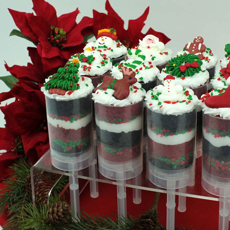 Christmas Cake Push Pops - layers of cake and frosting in a clear push pop tube.