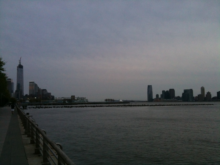 Freedom Tower. Piers. Hudson. Jersey.