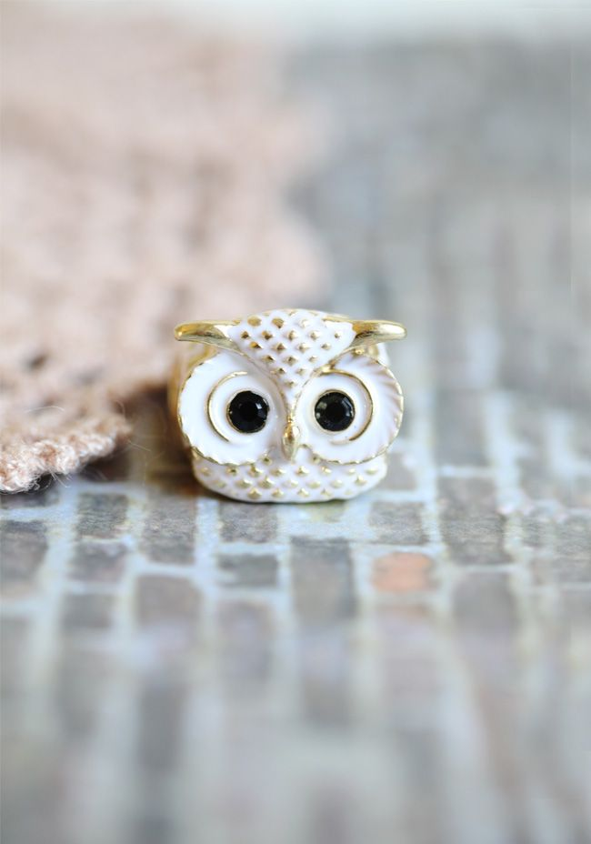 Snowy Owl Elastic Ring $16