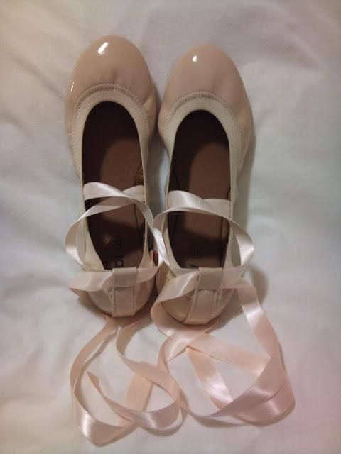 DIY Tutorial: DIY Ballerina Costume / DIY Ballet Pointe Flats - Bead&Cord