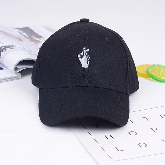 235e1353234 1 Pcs Love Gestures Finger Embroider Golf Baseball Cap Men Women Hip Hop  Snapback Flipper Little Heart Love Hat